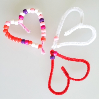Pipe cleaner and bead hearts